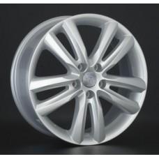 Suzuki SZ28 S / Серебристый 5x114,3 45 60,1 7,0 18