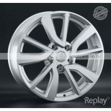 Volkswagen VV316 S / Серебристый 5x112 43 57,1 7,0 19